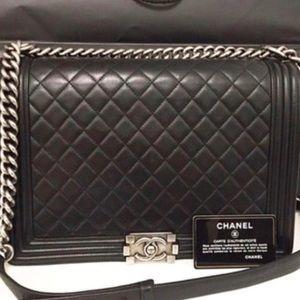 Chanel Le boy Maxi